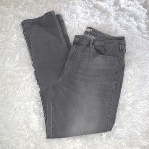 Levi's Mid Rise skinny jeans size 16